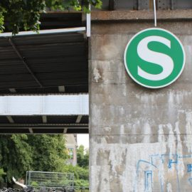 Korrektur bei der Sanierung von Bahnhöfen dringend notwendig